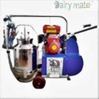 Kerosene/ Petrol Engine Operated Single Bucket Milking Machine