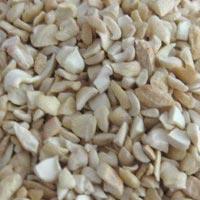 Broken White Cashew Nuts