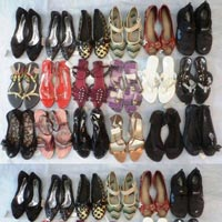 Ladies Footwear Mix Lot Of 132 Pcs (worth Rs 295 To 795) ..
