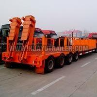 3 Axles Lowbed Cargo Truck Semi Trailer (65Ton)