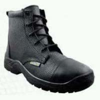 Commodus Safety Boots