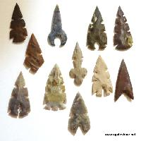 Mix Size Agate Arrowheads