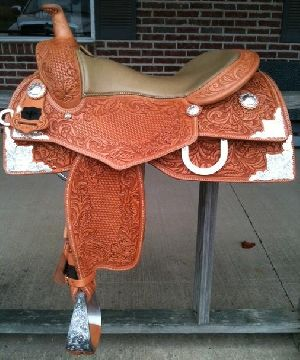 Show Western Horse Saddle