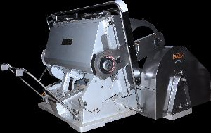 Die Punching Machine (heavy Duty Cutting Creasing And Embossing Platen)