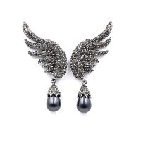 Wing Shaped with Pearl Hanging Earrings