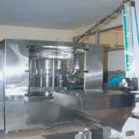 Automatic Packaged Drinking Water Filling Machine