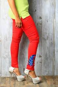 Embroidered Legging