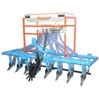 Seed Cum Fertilizer Drill Eight Raw Rigit Type Cultivator