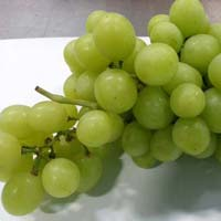 Fresh Perlette Grapes