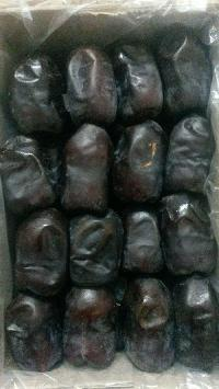 Fresh Plum Dates