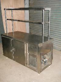 Worktop With 2 Door Refrigerator
