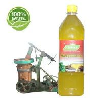 WOODEN CHEKKU GROUNDNUT OIL