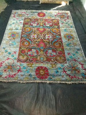 Hand Knotted Traditional Design Woolen Carpets 11