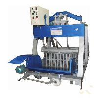 Hydraulic Operated Concrete Hollow Block Making Machine