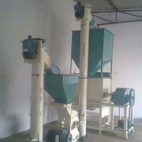 Poultry Feeding Machine