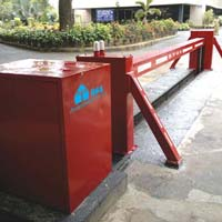 Crash Resistant Blocking Barrier
