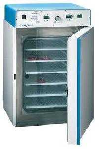 laboratory carbon dioxide incubator
