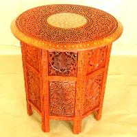 Wooden Round Table (04)