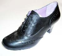Ladies Leather Shoes - 327