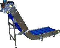 highly inclined conveyor