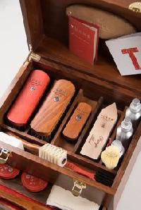 Nubuck & Suede Shoe Care Kit