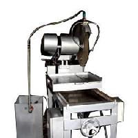 Bricks Cutting Machine