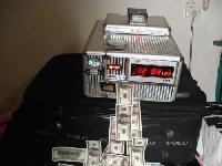 money cleaning machine