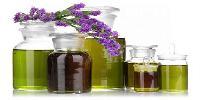 Aromatic Chemicals Essential Oils