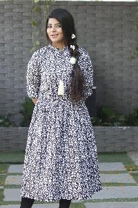 Ladies Khadi Wear