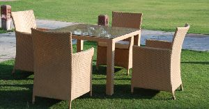 FLORENCE SQUARE OUTDOOR DINING SET