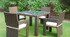 Indiana Square Outdoor Dining Set
