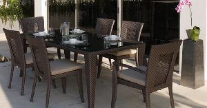 Norwich Rectangular Outdoor Dining Set