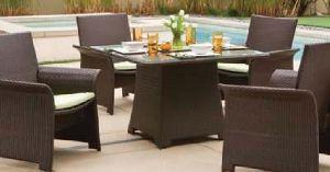 Regent Square Outdoor Dining Set