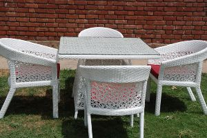 Winslow Square Outdoor Dining Set