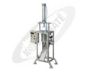 Pneumatic Chapthi Ball Cutting Machine