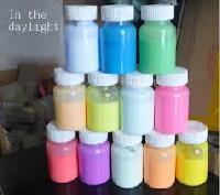 Fluorescent Daylight Paint