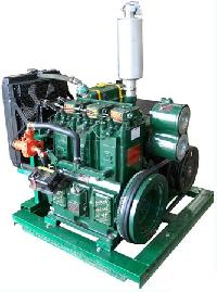 Water Cooled Three Cylinder Diesel Engine