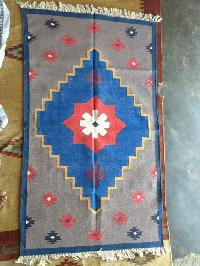 Handmade rugs or hand knotted