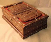 wooden rahal box