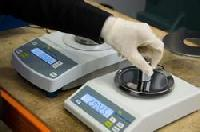 Electronic Weighing Scale Repairing Services