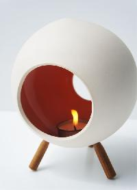 Ceramic Candle Holder With 3 Wooden Legs Shape