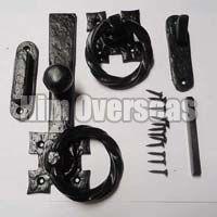 Black Iron Ring Latch