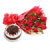 Cake With 10 Roses Bouquet