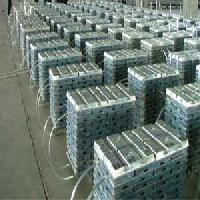 99.995 %  High Grade Zinc Ingots