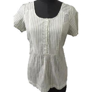 Ladies Plain Half Sleeves Tops