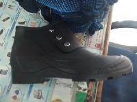 Buttoned Safety Shoes