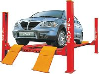 Model : PHANTOM Four Post Lift (Also suitable for Wheel Alignment)