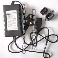 Sprayer Battery Charger