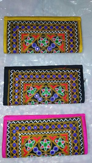 Kutch Work Clutches