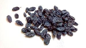 Black Raisins 02